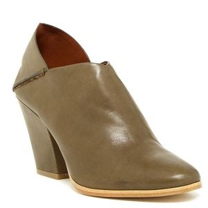 AERIN Ankle Booties Womens 10 Carden Leather heel